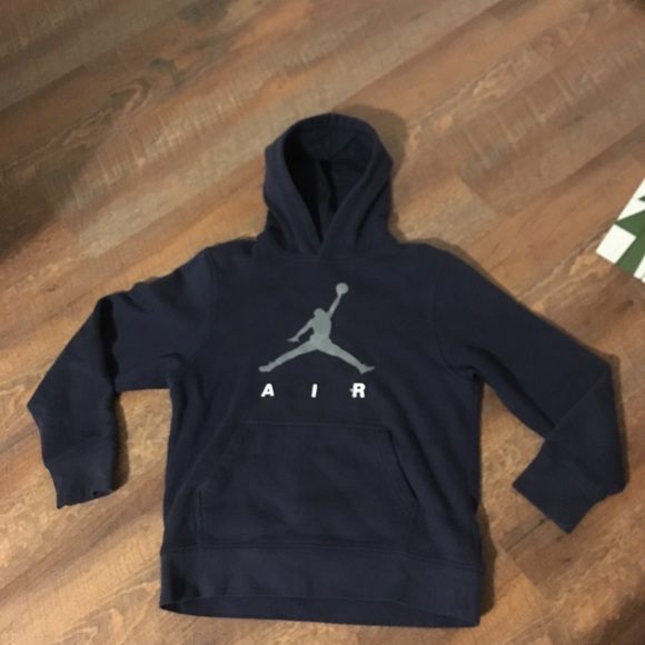f2bf525ff04983 Nike Air Jordan jumpman Hoodie Boys Large. M 5c355de58ad2f96955ebb425